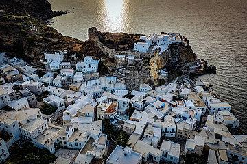Drohnenaufnahme Vulkaninsel Nisyros  Insel der Dodekanes