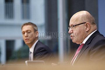 Bundespressekonferenz zum Thema: Herbstprojektion 2020 der Bundesregierung