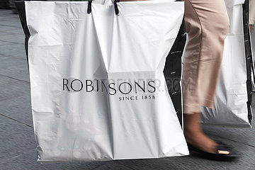 SINGAPORE-DEPARTMENT STORE-ROBINSONS-CLOSE