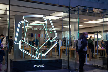 Neues iPhone: Massen stürmen den Apple Store