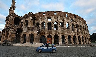 ITALIEN-ROM-COVID-19-CURFEW-COLOSSEUM