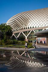 Singapur  Republik Singapur  Kulturzentrum Esplanade Theatres in Marina Bay