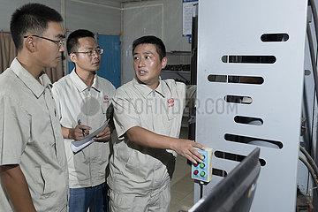 LAOS-VIENTIANE-Bahn-Projekt-CHINESE ENGINEER