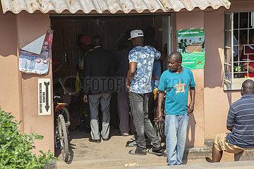 ZAMBIA-LUSAKA-Registrierung der Wähler-ÜBUNG