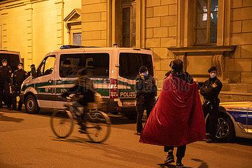 Corona Leugner und Querdenker veranstalten St. Martins Kundgebung