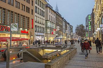 Fussgaengerzone waehrend 2. Lockdown  Muenchener Innenstadt  10.11.2020