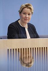 Bundespressekonferenz zum Thema: Zwischenbericht zur Konzertierten Aktion Pflege