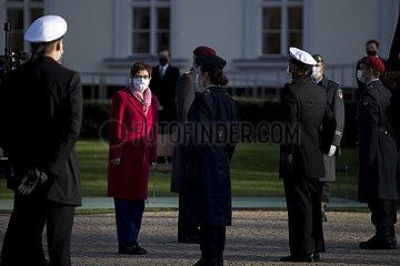 Annegret Kramp-Karrenbauer  Geloebnis Bundeswehr