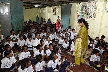 Schule von Tiljala Shed im Slum von Topsia