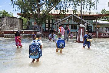 Grundschule Batasan Elementary School