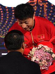 (SP) CHINA-ZHENGZHOU-TABLE TENNIS-ITTF-FINALS-ZEREMONIE (CN)