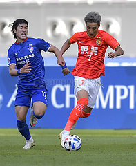 (SP) QATAR-DOHA-FOOTBALL-AFC MEISTER-LIGA-GUANGZHOU Ever VS Suwon Samsung Bluewings
