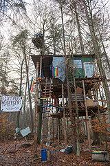 Wald statt Asphalt -Dannenroeder Forst Besetzung