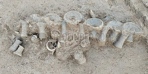 CHINA-HENAN-ARCHAEOLOGY-GRAVE POTTERIES-EXCAVATION (CN)
