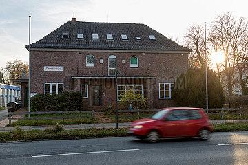 Deutschland  Bremen - Feuerwache 3: Genannt von Zeugin im Zusammenhang mit dem Skandal um rechtsextremes Netzwerk in Bremer Feuerwehr.
