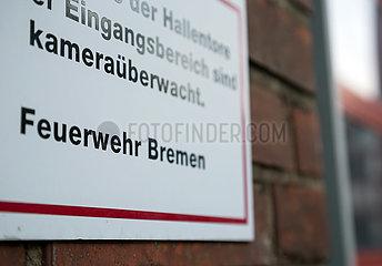 Deutschland  Bremen - Schild an der Feuerwache 1  die auch Zentrale der Bremer Feuerwehr ist