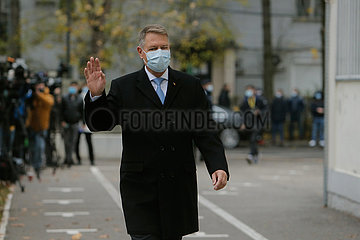 ROMANIA-BUCHAREST-PARLIAMENTARY ELECTION-PRESIDENT-VOTING