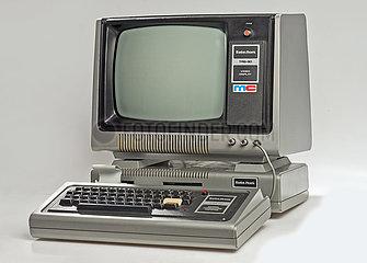 Tandy Radio Shack TRS-80  frueher Computer  1977