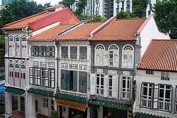 Singapur  Republik Singapur  Traditionelle Shophouses im historischen Stadtviertel Tanjong Pagar
