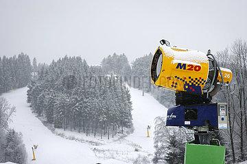 Skipisten  Winterberg  Sauerland  Nordrhein-Westfalen  Deutschland