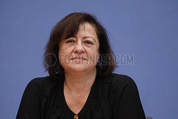 Bundespressekonferenz zum Thema: 14. Bericht der Bundesregierung ueber ihre Menschenrechtspolitik