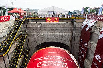 INDONESIEN-JAKARTA-BANDUNG-Hochgeschwindigkeitsbahn-NO.1 TUNNEL-DURCHBRUCH