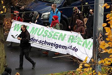 Wir muessen reden -Demonstration von Impfgegnern und Corona-Skeptikern  22. November 2020  Berlin