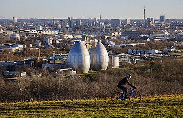 Stadtpanorama  Dortmund  Ruhrgebiet  Nordrhein-Westfalen  Deutschland