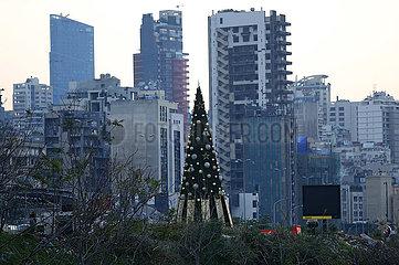 LIBANON-BEIRUT-WEIHNACHTSBAUM-MEMORY OF EXPLOSION DER OPFER