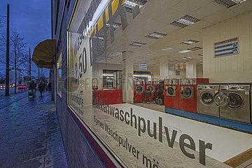 Waschsalon in Muenchen-Pasing  waehrend hartem Lockdown  22.12.2020
