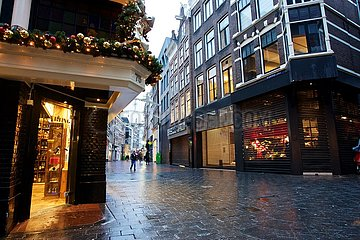 Niederlande-AMSTERDAM-COVID-19-ALLTAG