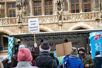 Querdenker und Covid-Leugner in München