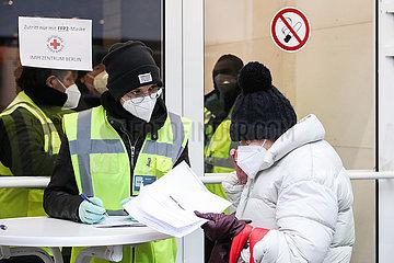 Roundup: COVID-19-Pandemie verschlechtert sich nach Ferienzeit