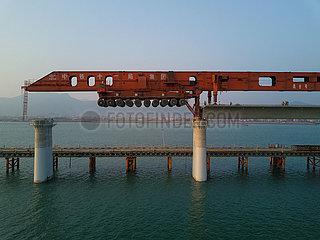 CHINA-FUJIAN RAILWAY-BRIDGE-GIRDER ERECTION (CN)