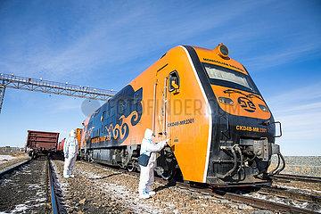 CHINA-INNER MONGOLIA-Erenhot-Güterzüge (CN)