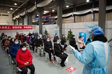 Xinhua Schlagzeilen: Eine gestörte Welt mehr Herausforderungen in postpandemischen Ära zu umarmen