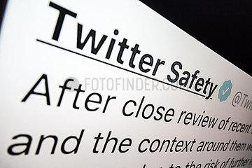 Twitter Safety  nach dem Sturm auf das Capitol  wacht Twitter auf und entdeckt Verantwortung fuer die Verbreitung von Hetze und Aufruhr