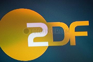 ZDF-Logo auf einem Bildschirm