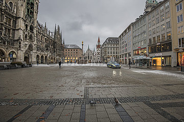 leerer Marienplatz  Muenchen  Januar 2021