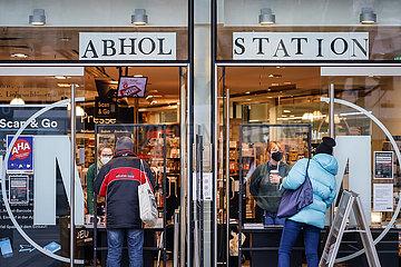 Abholstation  Click and Collect  Buchhandlung  Koeln  Nordrhein-Westfalen  Deutschland