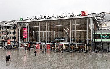 Hauptbahnhof  Koeln  Nordrhein-Westfalen  Deutschland
