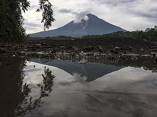INDONESIEN-Lumajang-MOUNT SEMERU