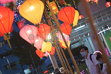 SINGAPUR-LUNAR NEW YEAR-LIGHTS