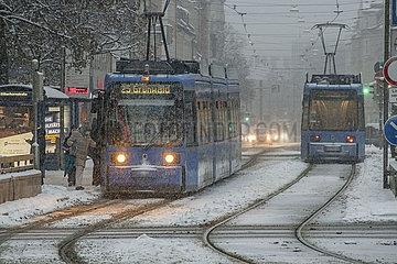 Trambahn Haltestelle Silberhornstrasse  Muenchen  Januar 2021