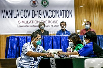 PHILIPPINES-MANILA-COVID-19-VACCINATION-SIMULATION EXERCISE