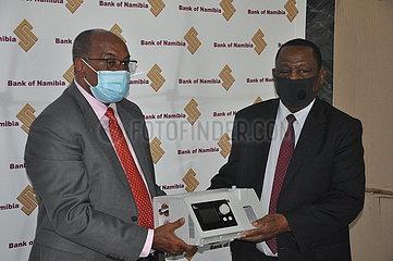 NAMIBIA-WINDHOEK-medizinische Geräte-SPENDE