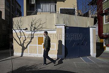 IRAN-TEHERAN GEMALTE GASSE