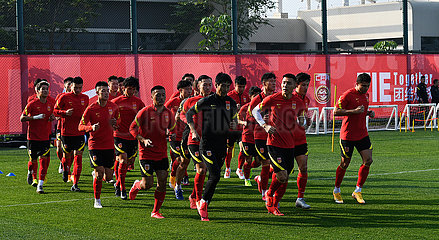 (SP)CHINA-HAIKOU-FOOTBALL-MEN'S NATIONAL TEAM-TRAINING SESSION