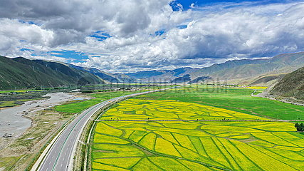 CHINA-TIBET-RURAL HIGHWAYS-HIGH-GRADE ROADS(CN)