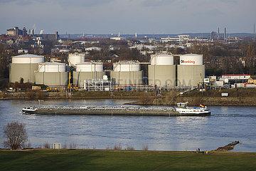 Duisburger Hafen  Ruhrgebiet  Nordrhein-Westfalen  Deutschland
